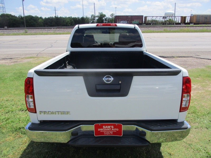 Nissan Frontier 2013 price $11,944