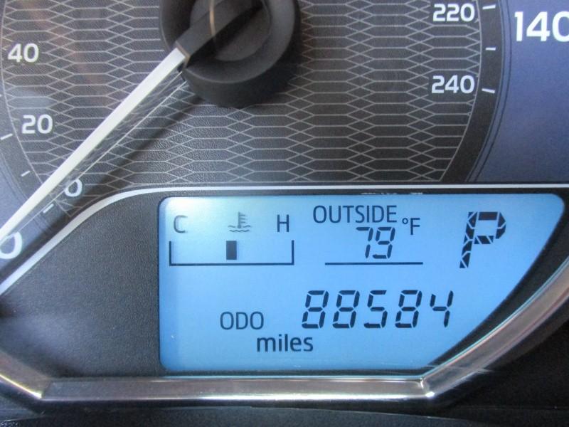 Toyota Corolla 2016 price $9,950