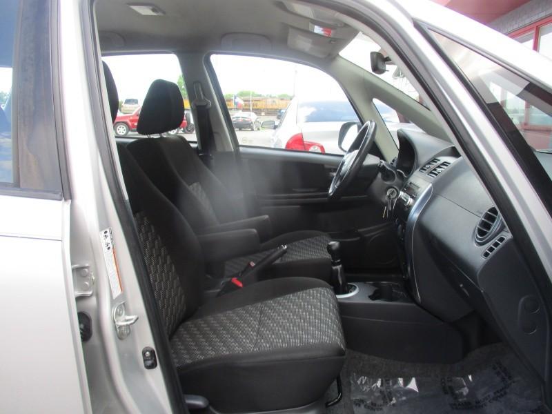 Suzuki SX4 2009 price $5,444