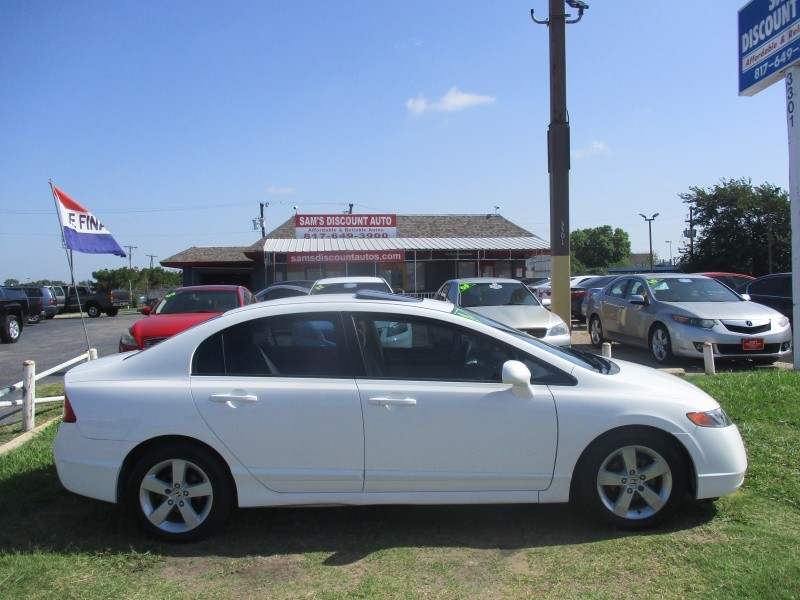 Honda Civic Sedan 2007 price $5,944