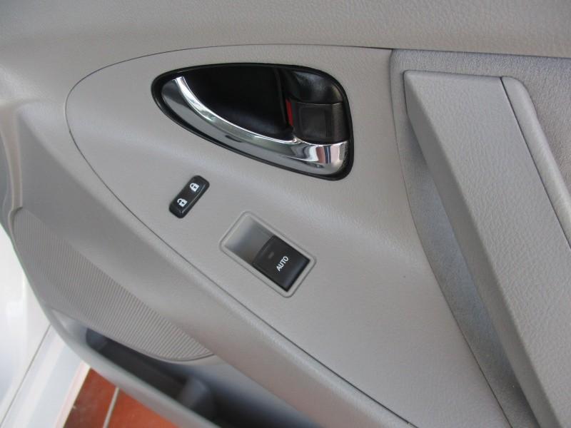 Toyota Camry 2011 price $8,944