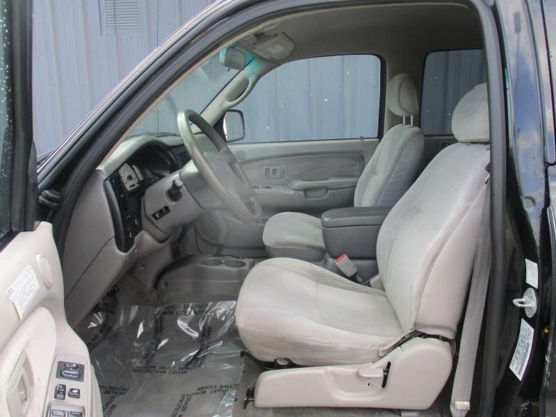 Toyota Tacoma 2001 price $9,950