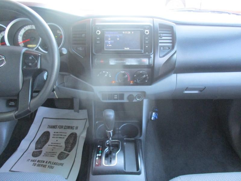 Toyota Tacoma 2015 price $13,500