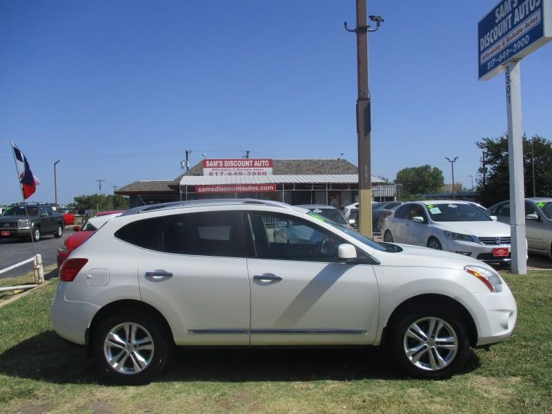 Nissan Rogue 2012 price $7,444