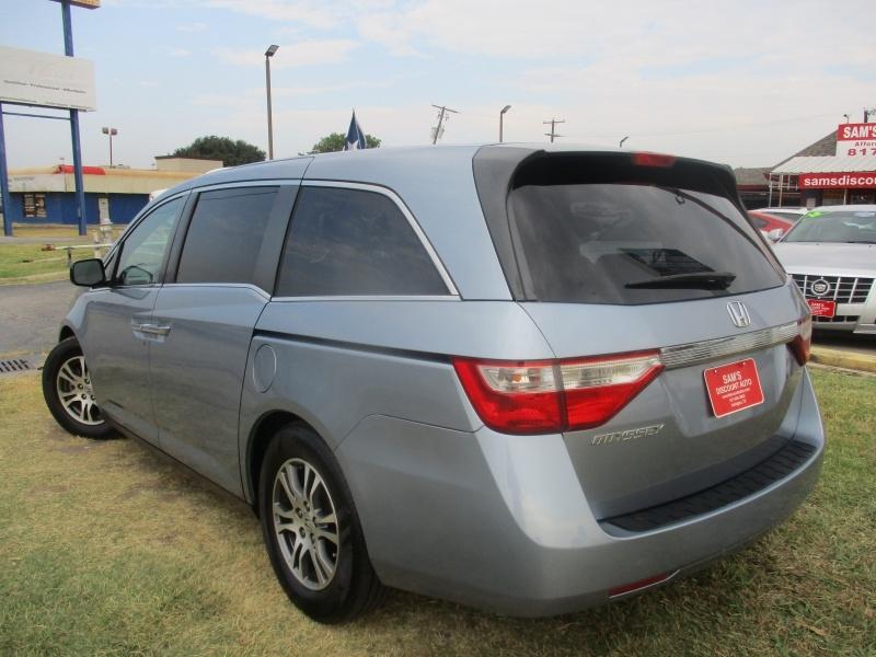 Honda Odyssey 2011 price $8,944