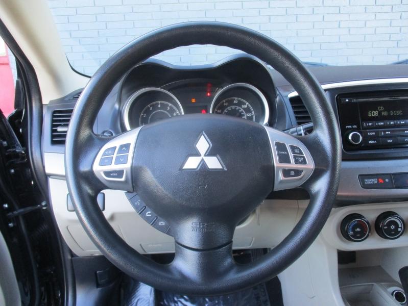 Mitsubishi Lancer 2015 price $5,988