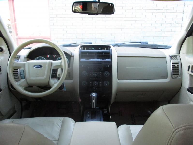 Ford Escape 2012 price $7,944