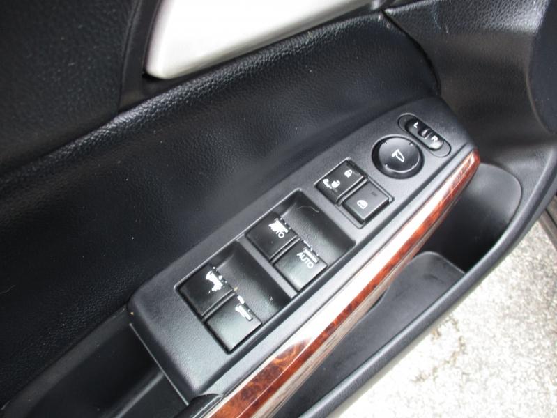 Honda Accord Crosstour 2010 price $8,444