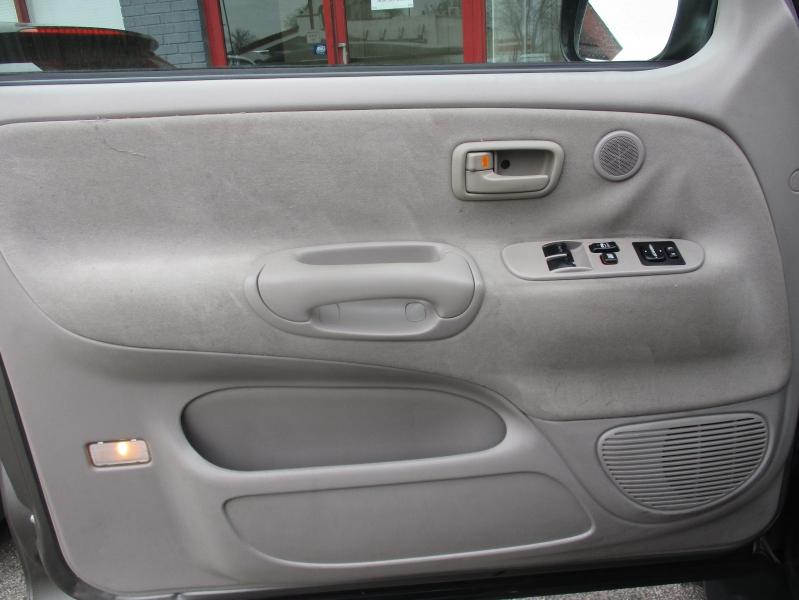 Toyota Tundra 2005 price $6,944