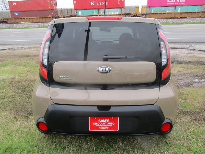 Kia Soul 2015 price $8,444