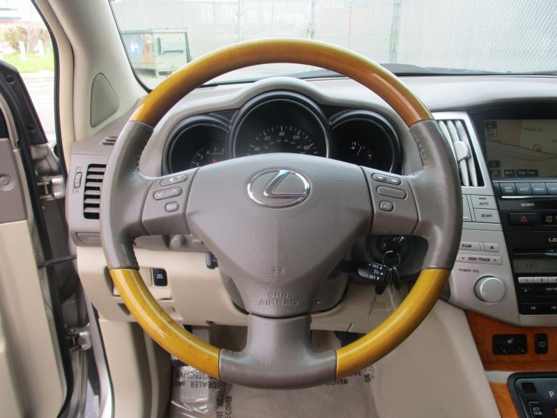 Lexus RX 330 2006 price $7,944