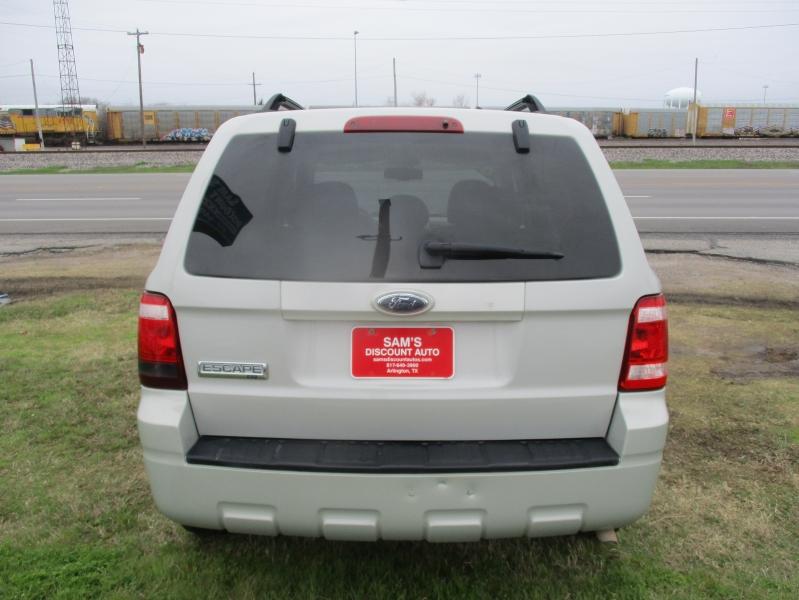 Ford Escape 2009 price $5,944