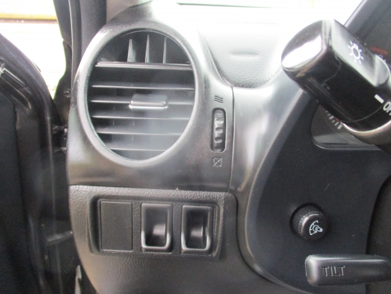 Lexus IS 300 2002 price $7,444