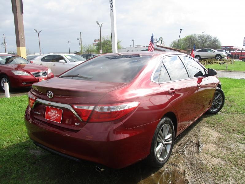 Toyota Camry 2016 price $13,944