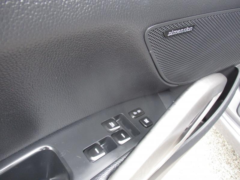 Hyundai Veloster 2013 price $7,944