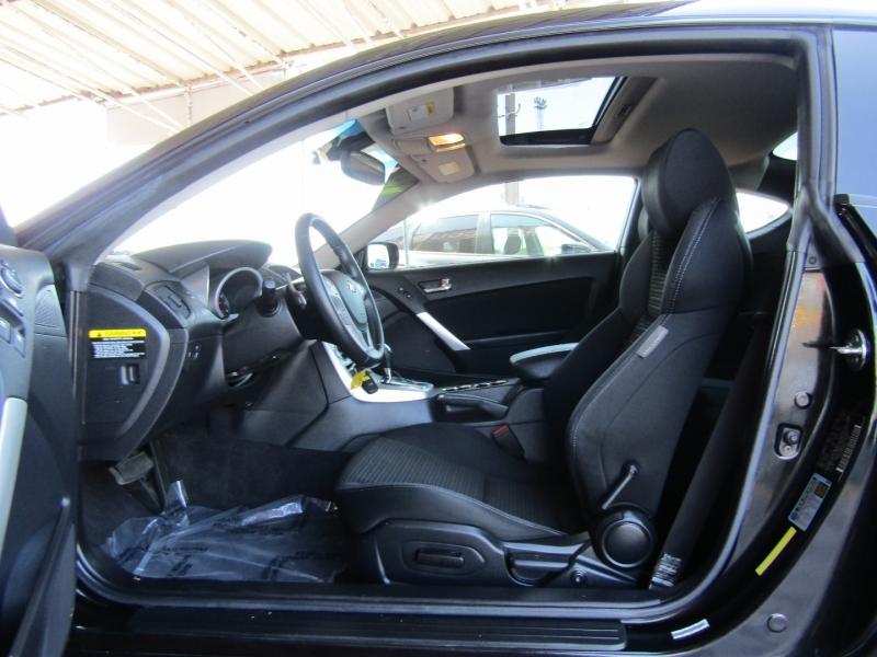 Hyundai Genesis Coupe 2010 price $8,944