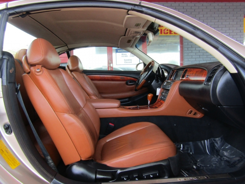 Lexus SC 430 2002 price $11,444