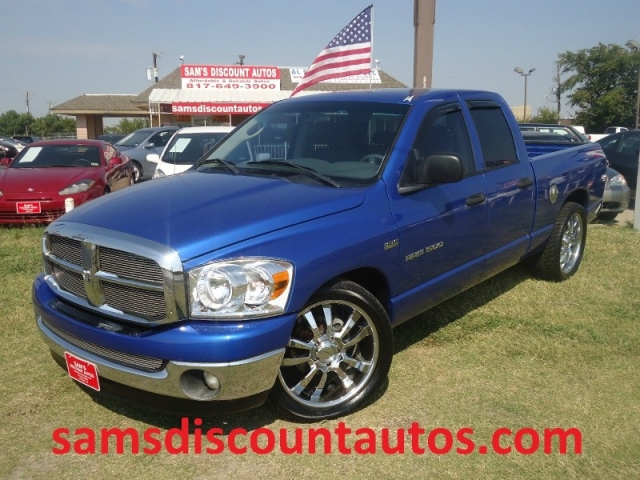2007 Dodge Ram 1500 5 7l Hemi 2wd Quad Cab Six Month Warranty