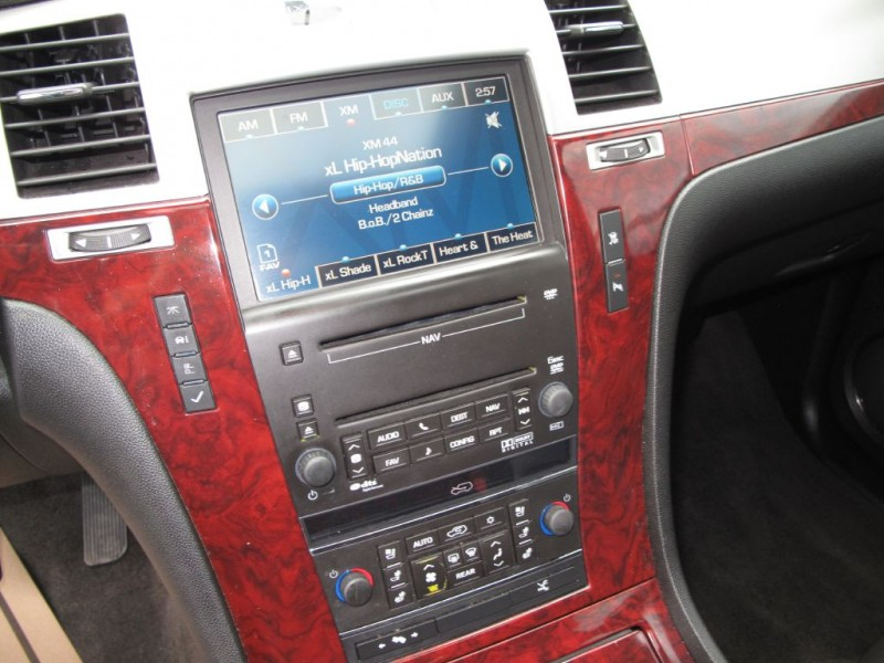 CADILLAC ESCALADE 2010 price $16,000
