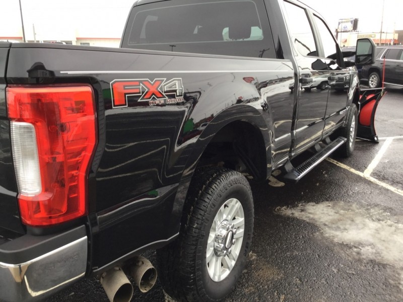 FORD F250 2017 price $43,984