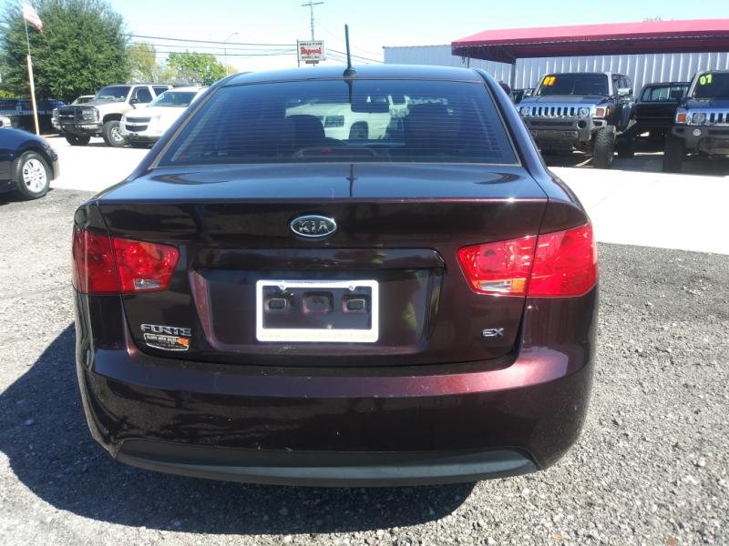 Kia Forte 2010 price $5,500