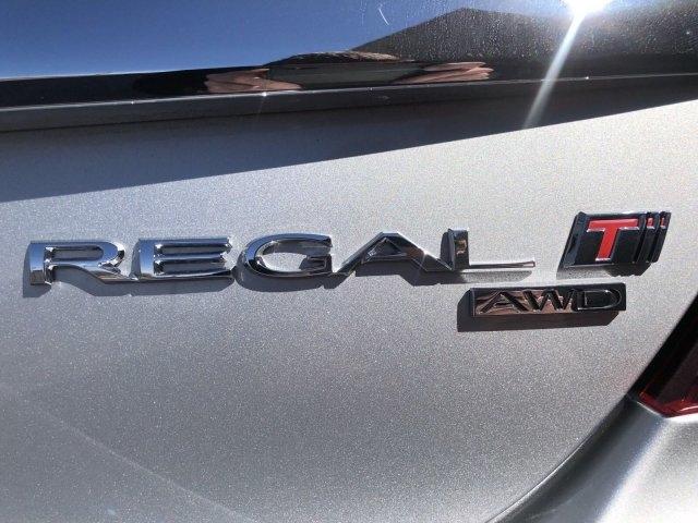 Buick Regal 2017 price $21,995