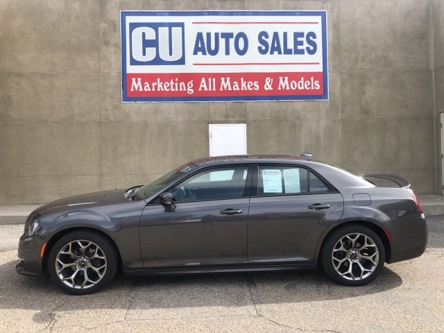 Chrysler 300 2018 price $24,995