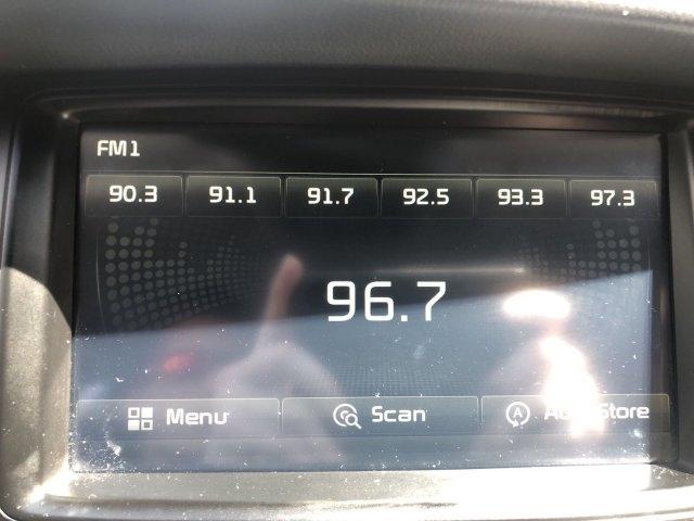 Kia Cadenza 2016 price $19,995