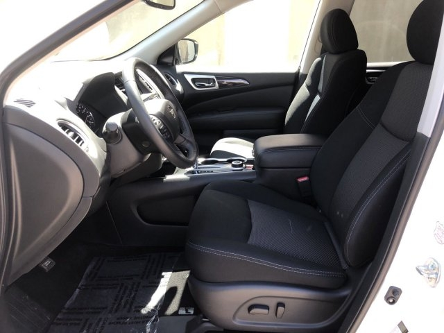Nissan Pathfinder 2019 price $27,995