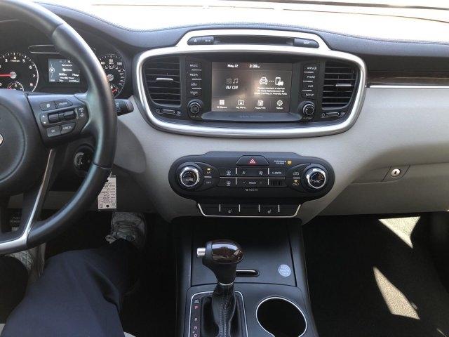 Kia Sorento 2018 price $19,995
