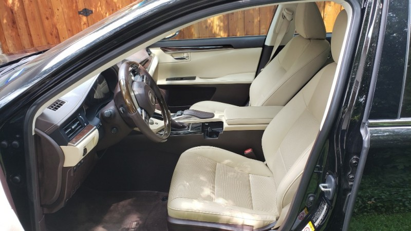 Lexus ES 350 2016 price $23,995