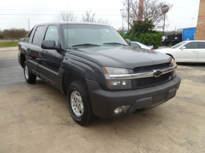 Chevrolet Avalanche 2003 price $6,495