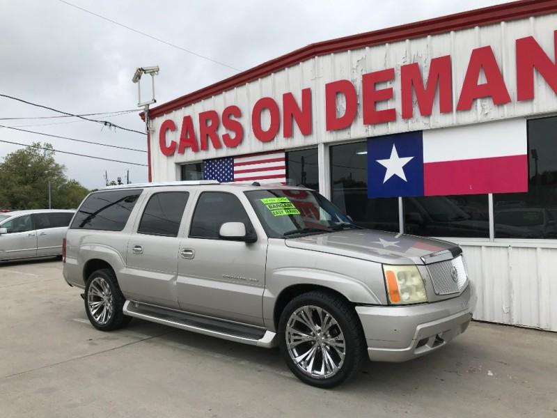 Cadillac Escalade ESV 2004 price $4,995