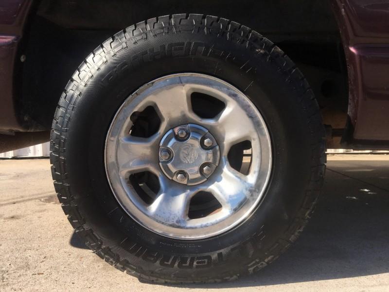 Dodge Ram 1500 2004 price $2,995