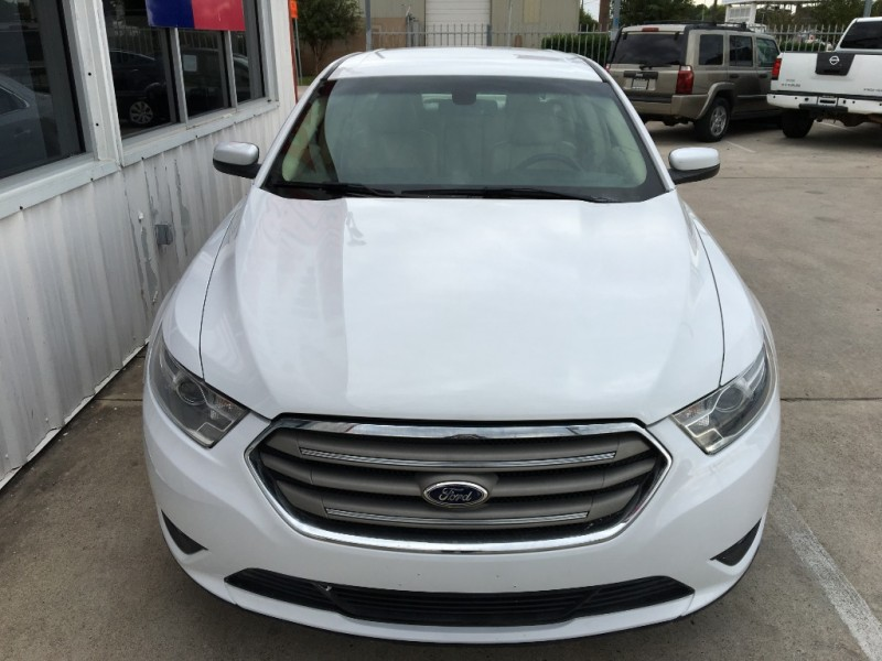 Ford Taurus 2013 price $8,995