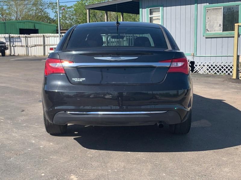 Chrysler 200 2011 price $4,995