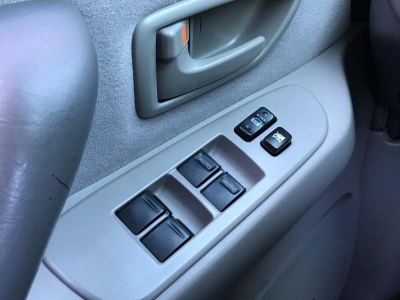 Toyota Sequoia 2006 price $4,995