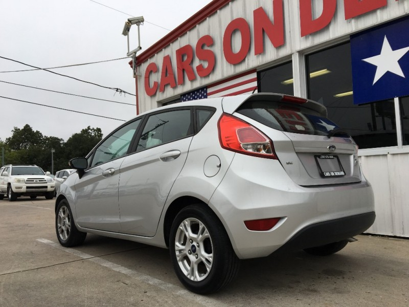 Ford Fiesta 2016 price $6,995