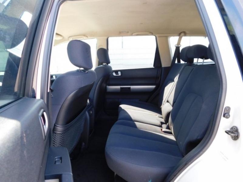 Mitsubishi Endeavor 2006 price $4,995