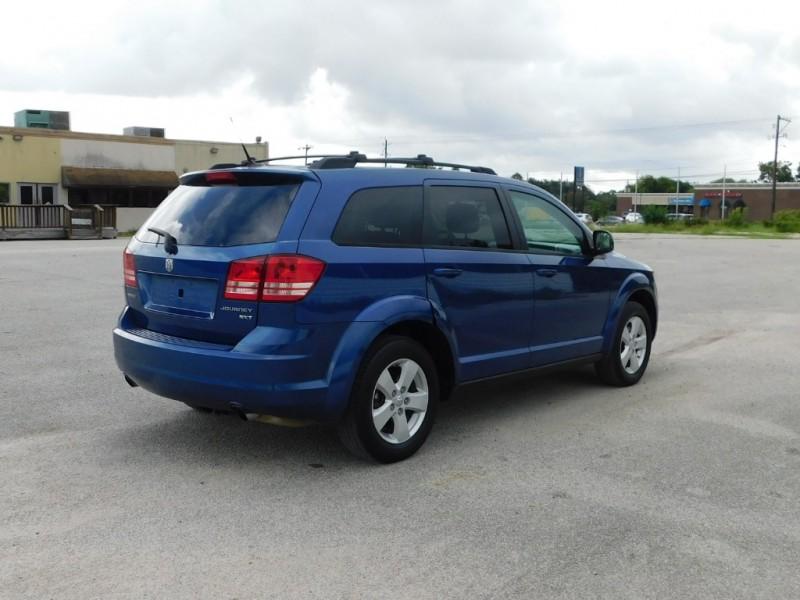 Dodge Journey 2010 price $5,995