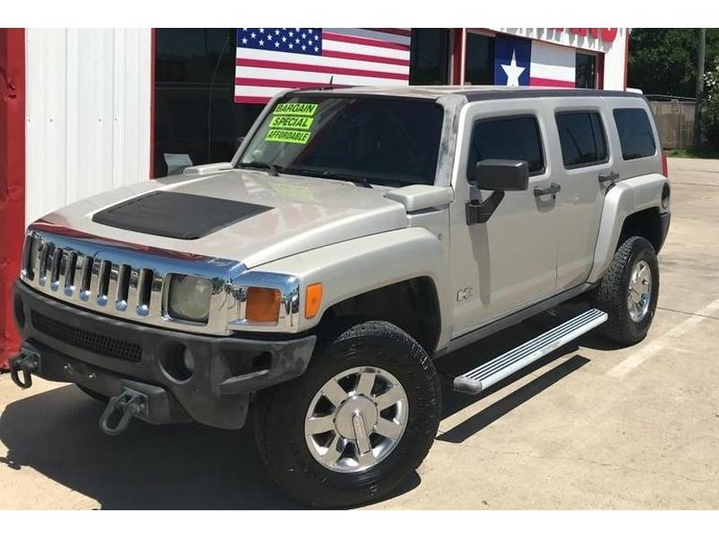 Hummer H3 2007 price $7,995