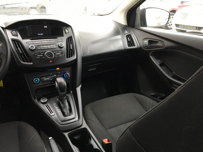 Ford Focus 2016 price $8,995