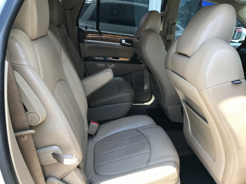 Buick Enclave 2011 price $6,995