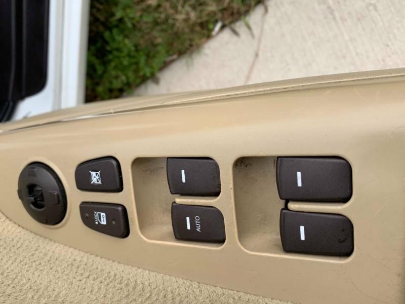 Hyundai Sonata 2009 price $3,995