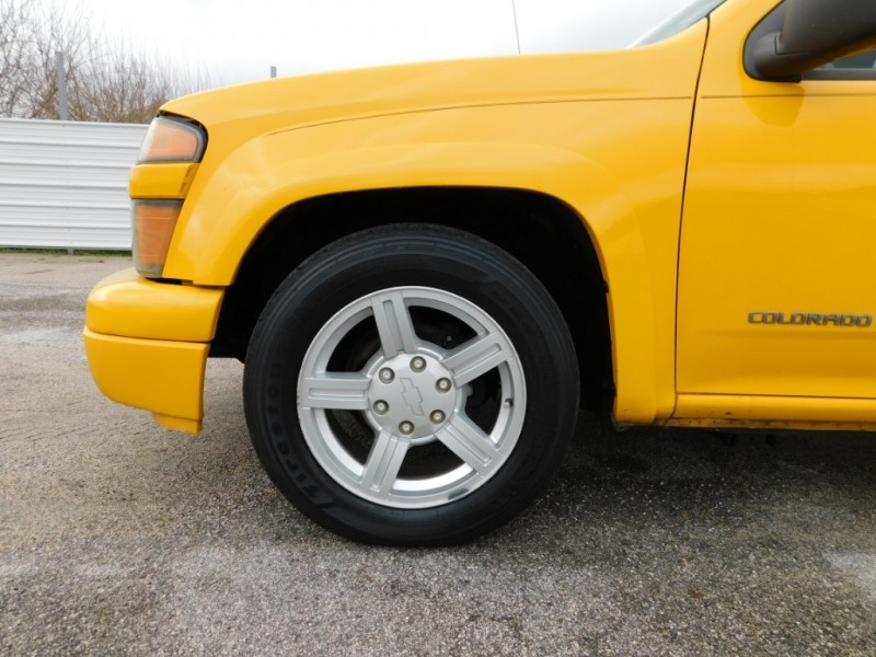 Chevrolet Colorado 2005 price $6,995