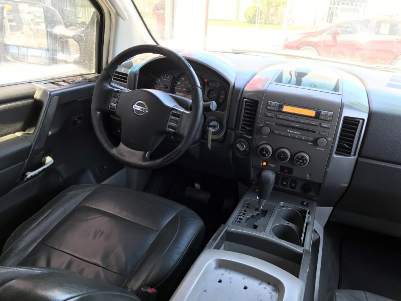Nissan Titan 2004 price $5,995