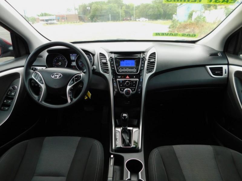 Hyundai Elantra GT 2016 price $11,995