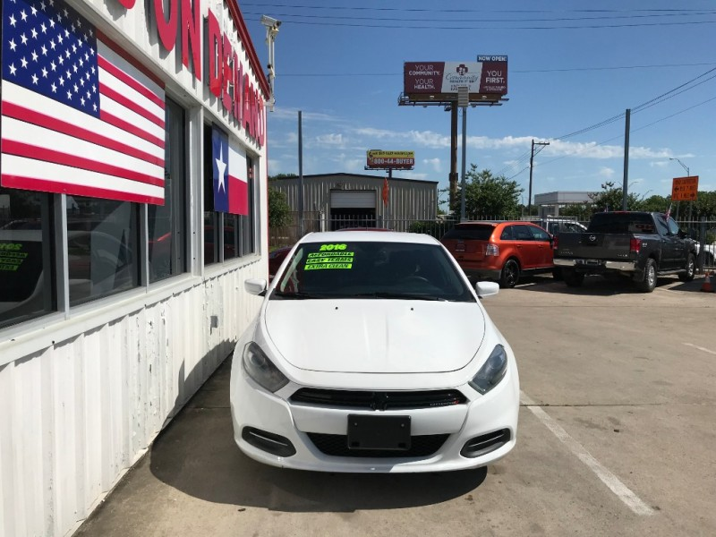Dodge Dart 2016 price $8,995