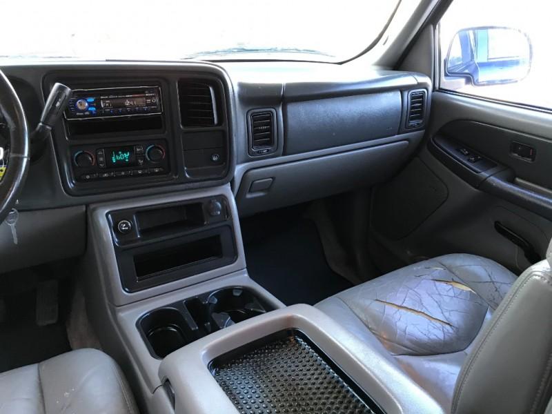 GMC Yukon 2003 price $2,995