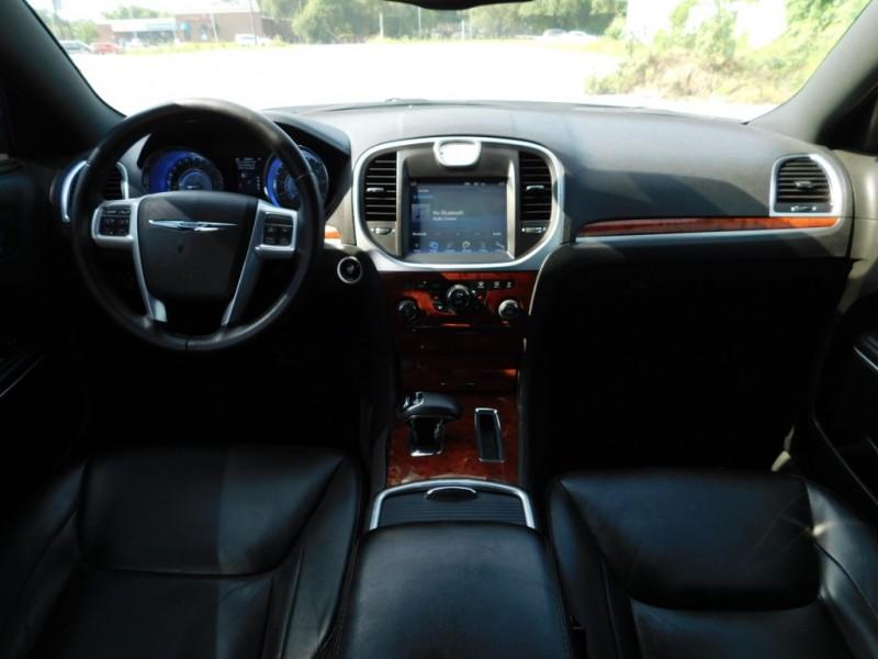 Chrysler 300 2013 price $9,995
